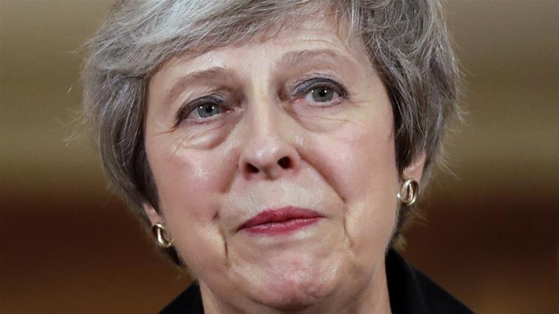 Brexiteers plot Theresa May ultimatum on backstop