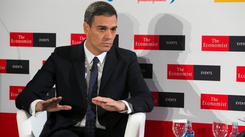 Sanchez: 'I regret to say that a pro-European government like Spain's would vote no to Brexit unless there are changes' [Fernando Calvo/Moncloa/Handout via Reuters]