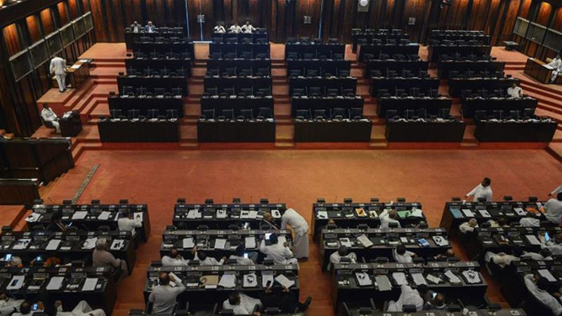 Sri Lanka: Rajapaksa opponents win control of parliament panel