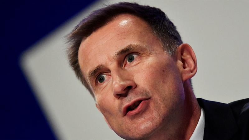 Jeremy Hunt says the time is now to 'stop the killing and find a political solution' to the war [Toby Melville/Reuters]