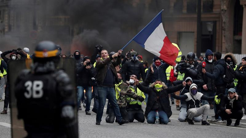 "The ""yellow vest"" protests in France forced President Emmanuel Macron to offer concessions [File: Benoit Tessier/Reuters]"