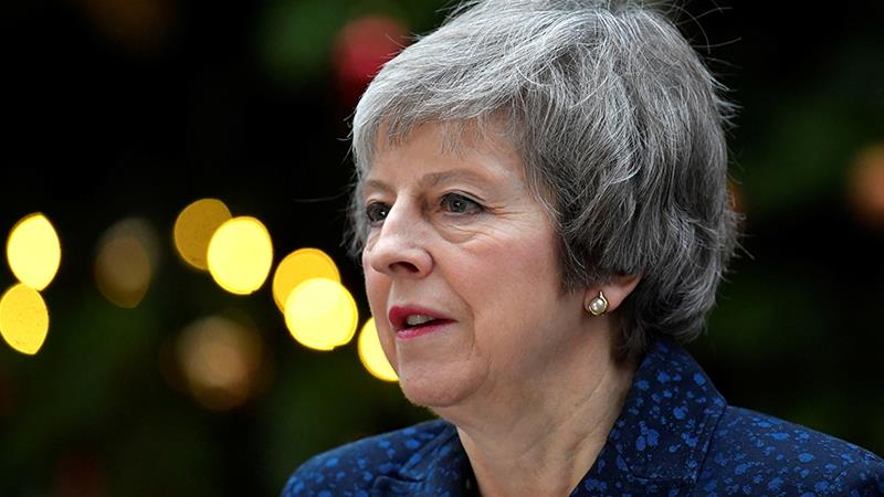 PM Theresa May has failed to find a deal the British parliament will approve [Toby Melville/Reuters]