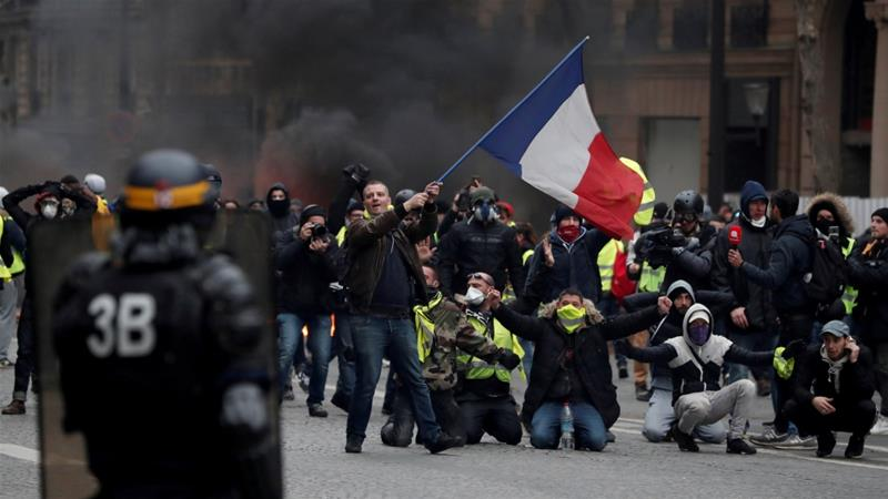 France braces for fifth straight weekend of 'yellow vest' rallies