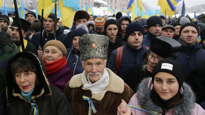 Ukraine Orthodox priests to establish independent church