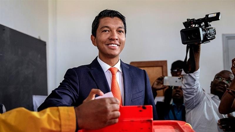 Candidate Andry Rajoelina casts his ballot during the presidential election in Madagascar [Gianluigi Guercia/AFP/Getty Images]