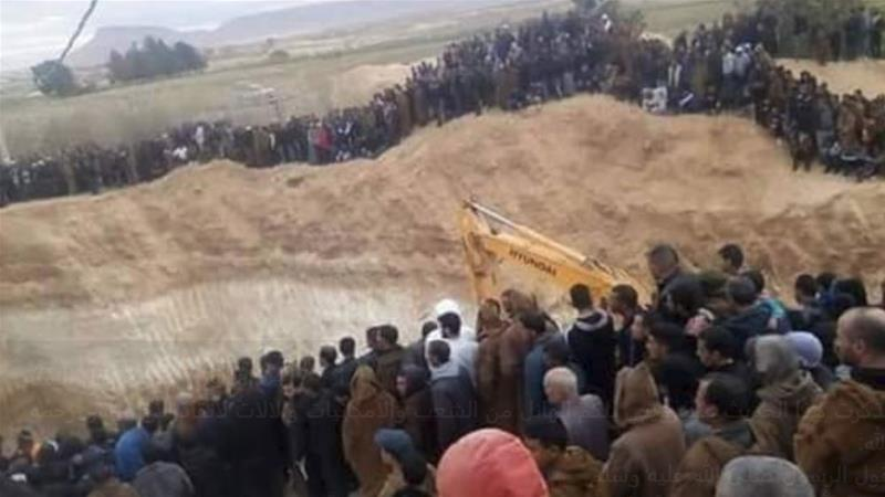 Efforts to rescue Mahdjoubi involved digging around the narrow 36-cm-wide pipeline [Screenshot/Al Jazeera]