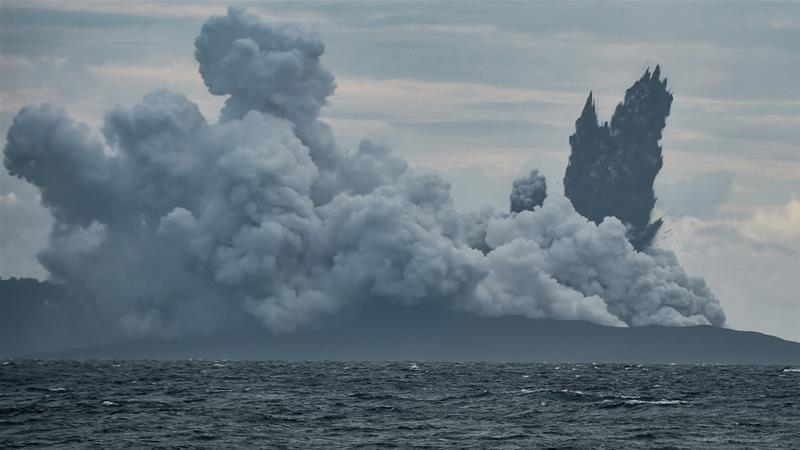 Tsunami-Triggering Indonesian Volcano Loses 3/4 of Its Size in Latest Eruption