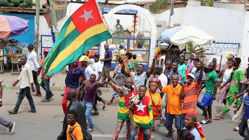 Togo government and opposition to hold crisis talks