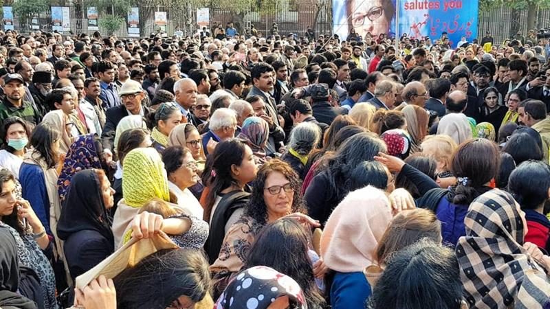 The funeral of Pakistan's celebrated human rights defender Asma Jahangir was a poignant display of women's resistance, writes Mehmood [Rabia Mehmood]