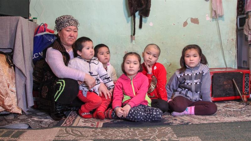Karybaeva looks after her seven children as her three grandchildren work abroad [Nikolay Korzhov/Al Jazeera]
