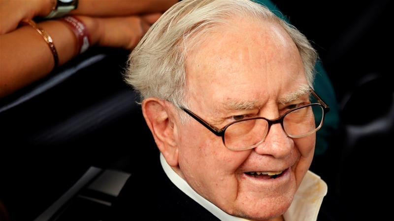Warren Buffett: Tax overhaul gives businesses 'huge tailwind'