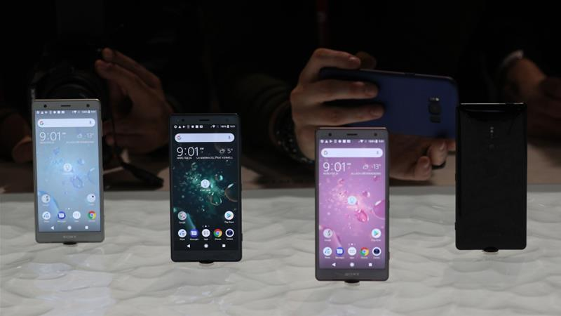 The Sony Xperia XZ2 on display during the Mobile World Congress in Barcelona, Spain, February 26, 2018 [Photo/Sergio Perez /Reuters]