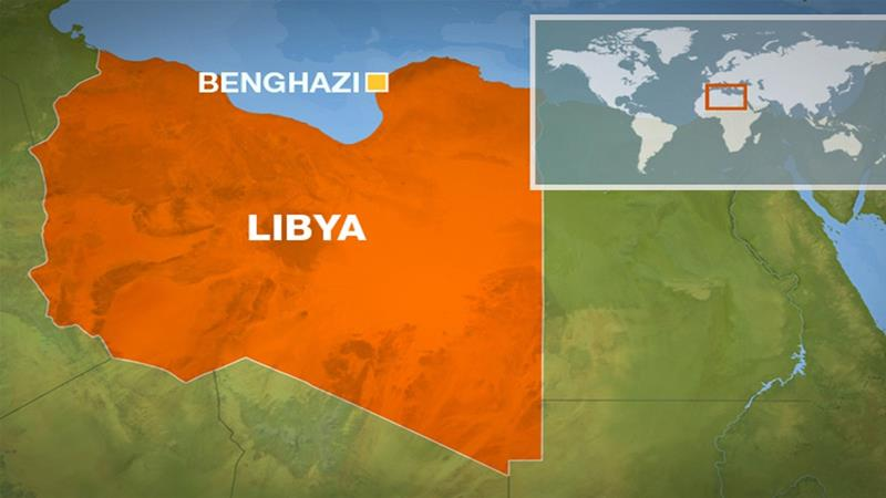 Auto bomb hits convoy of eastern Libyan military commander