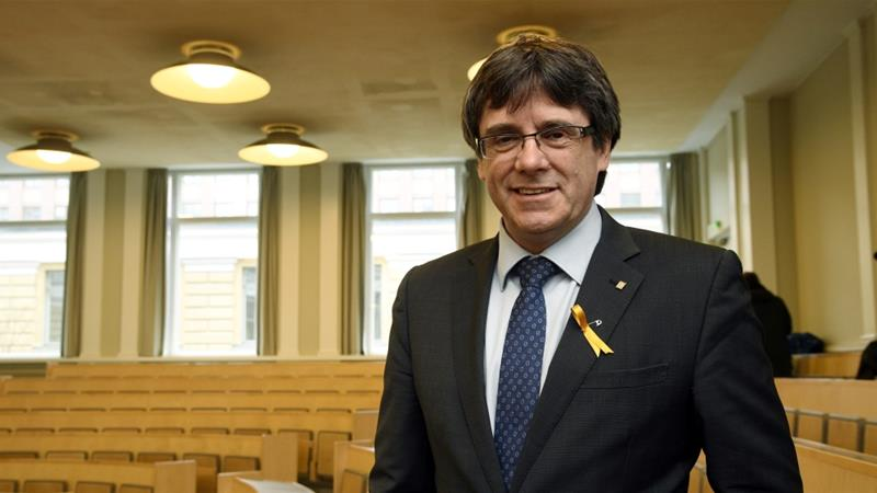 Pro-independence Catalonia's deposed leader Carles Puigdemont lectures at the University of Helsinki [Lehtikuva/Markku Ulander/via Reuters]