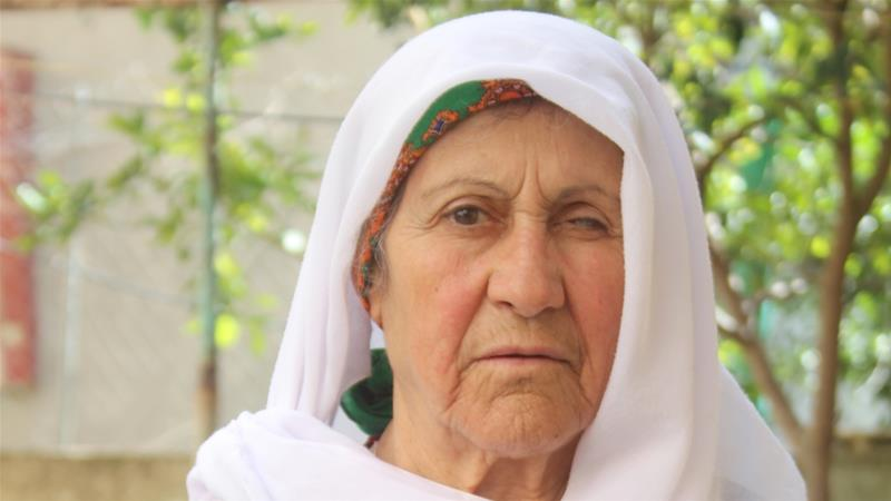 Amena Sanqar visited Beit Nabala for the first time since 1948 on Wednesday [Shatha Hammad/Al Jazeera]