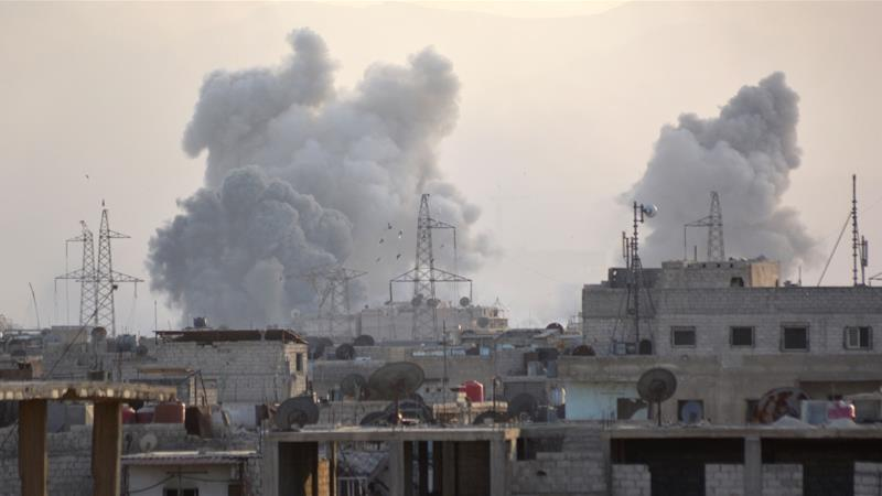 'Doomsday' as Syrian air strikes pound camp south of capital