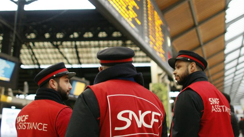 French railway company SNCF starts months of strikes against the government's reforms [Photo Matthieu Alexandre/AFP] [AFP]