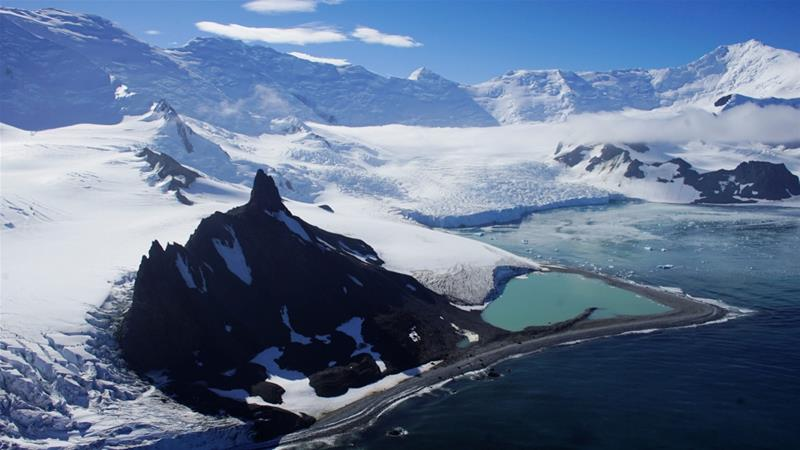 Using satellites, researchers tracked about 16,000km of coastline and 65 glaciers [Alexandre Meneghini/Reuters]