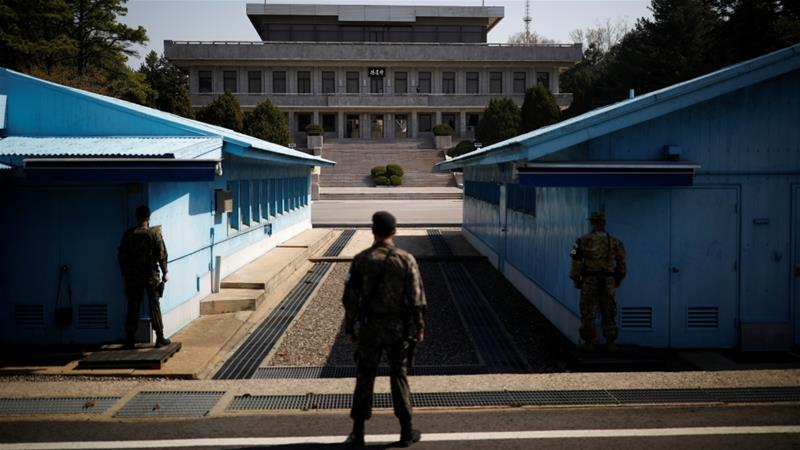 North, South Korean leaders hold unannounced meeting in DMZ