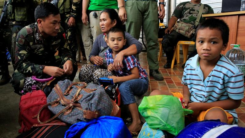 At least five fighters have been killed since the latest violence erupted on Sunday in Lanao del Sur province [Reuters]