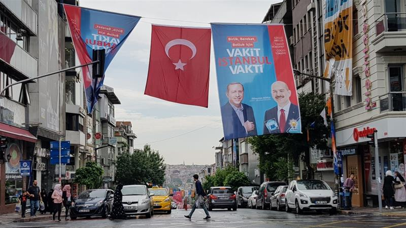 Turkey votes as Erdogan eyes second term