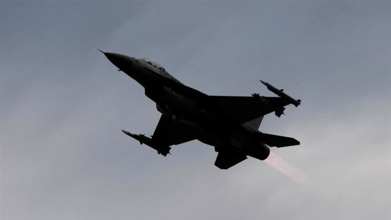 The army said Iraqi F-16 fighter jets attacked ISIL fighters in eastern Syria [File: Tyrone Siu/Reuters]