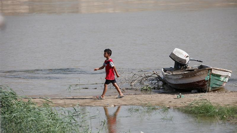 The visibly depleted water of the Tigris River has raised fears that a water crisis is looming in Iraq [Reuters]