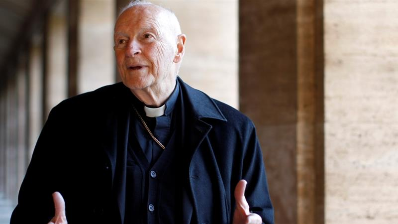 Cardinal McCarrick: Prominent US Catholic resigns over abuse claims