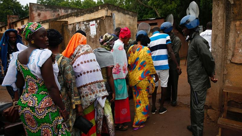 Mali votes in presidential polls dominated by security concerns