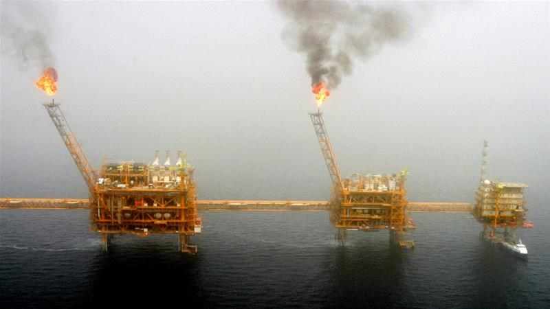 The US will not renew waivers on sanctions against countries that import Iranian oil after May 1. [Raheb Homavandi/Reuters]