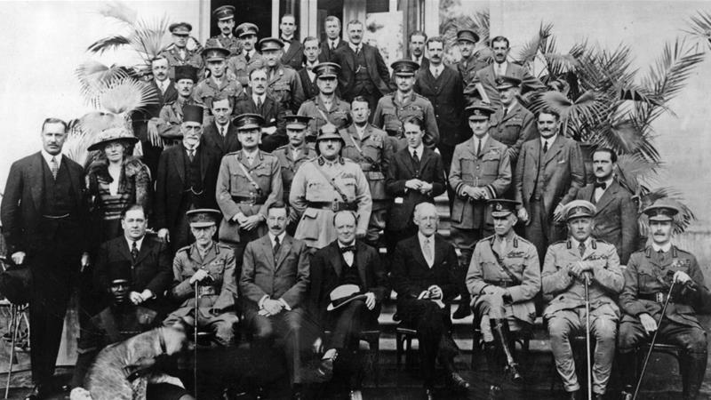 Members of the Mesopotamia Commission at the 1921 Cairo Conference, including Gertrude Bell, T E Lawrence (fourth from the right, second row) and Winston Churchill (centre front row) [Getty]