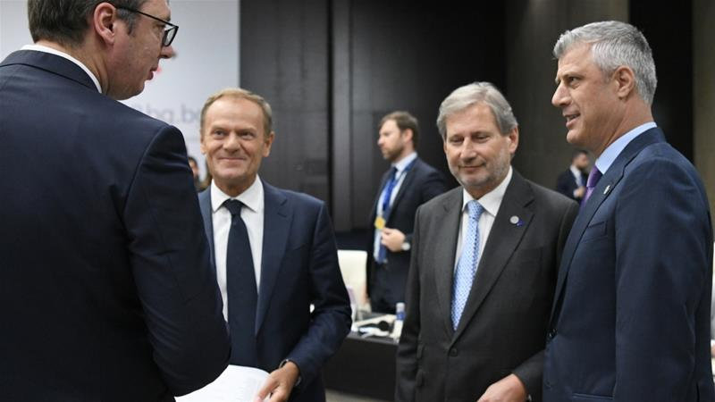 Aleksander Vucic speaks with Hashim Thaci, EU Enlargement Commissioner Johannes Hahn and European Council President Donald Tusk during a meeting in Bulgaria, May 17, 2018 [Dimitar Dilkoff/Reuters]