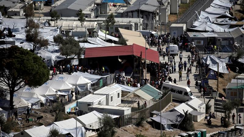 Greece to ease overcrowding in Lesbos refugee camp