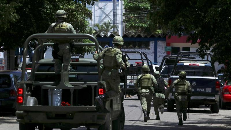 hot sale online 7a4b5 59677 Mexico  Acapulco police disarmed, placed under investigation