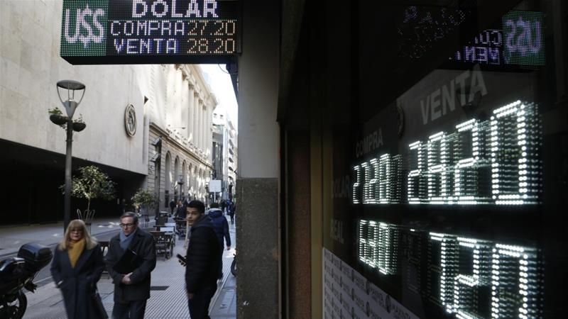 Argentina's currency woes deepen crisis