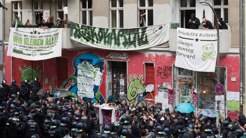 'Not just horror and crime': Parallel worlds in Berlin's Neukolln