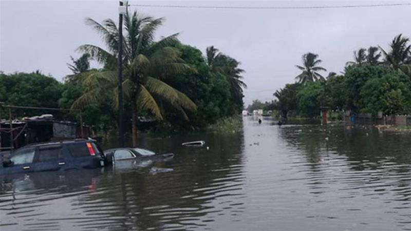 Tropical Cyclone Desmond causes widespread flooding in Beira. [Credit: @vw_ben]