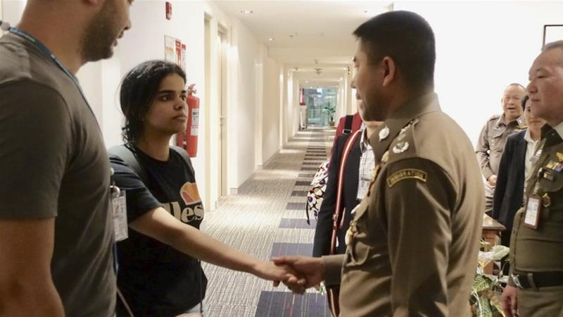 Saudi teen Rahaf Alqunun's claim for asylum referred to Australia for consideration
