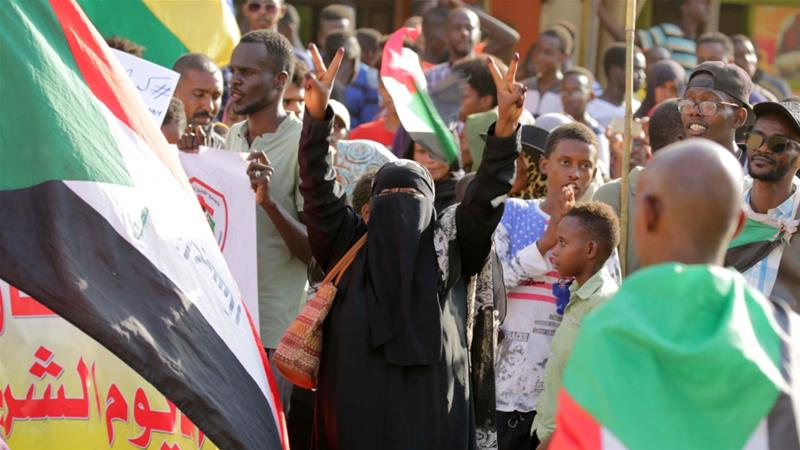 Thousands rally in Sudan, call for Bashir party to be disbanded