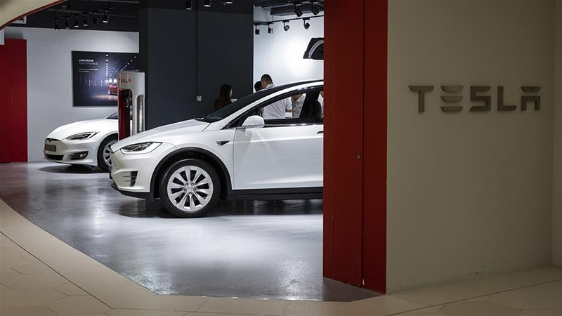 Electric-car maker Tesla Inc on Wednesday posted its first profit in nearly a year [File: Justin Chin/Bloomberg]