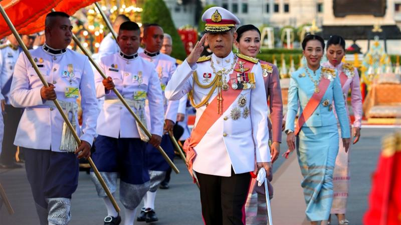 Thai King fires 'bedroomsection royal guards for 'adultery