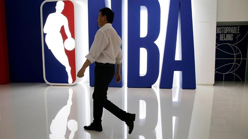China demonstrators protest at Wizards, 76ers games vs. Guangzhou