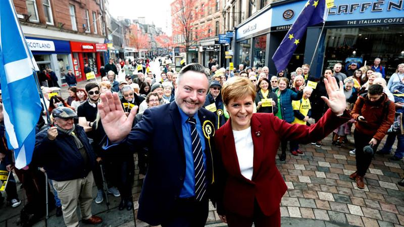 Sturgeon claims the independence of Scotland is knocking at its doors