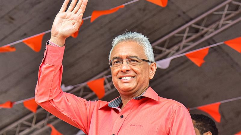 Pravind Jugnauth's alliance secured the outright majority needed to form government alone [Beekash Roopun/Li'Express Maurice/AFP]