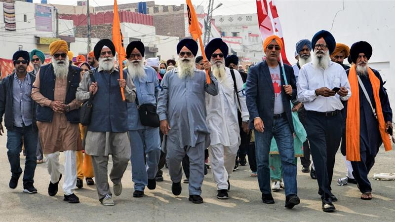Sikhs mark Guru Nanak's 550th birth anniversary in Pakistan