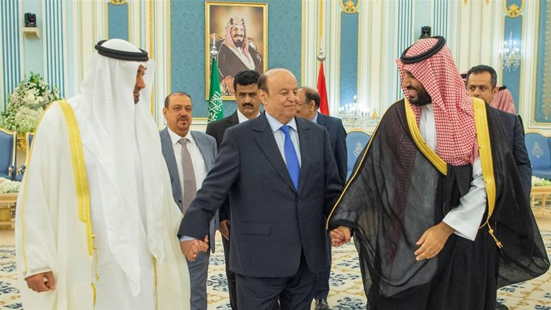 Mohammed bin Zayed, Mohammed bin Salman and Abd-Rabbu Mansour Hadi hold hands after the signing of a deal between Yemen's government and southern separatists in Riyadh on November 5, 2019 [Reuters]