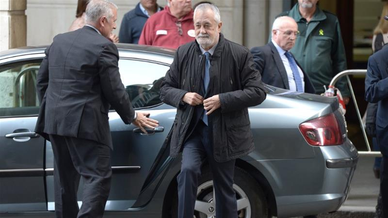 Jose Antonio Grinan, a former head of Andalusia's regional government, arrives at the court in Seville for sentencing [Cristina Quicler/AFP]