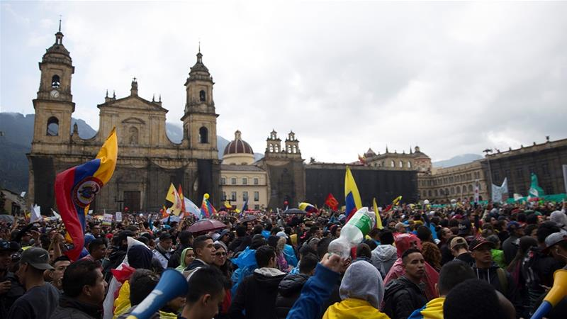 Hundreds of thousands of protesters gathered in the streets of Bogota to protest against the country's right-wing government [Megan Janetsky/Al Jazeera]