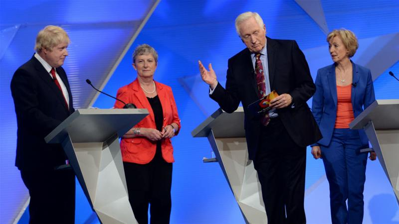 Veteran broadcaster David Dimbleby moderates a 2016 Brexit TV debate featuring (left to right) Boris Johnson, Gisela Stuart and Andrea Leadsom [File: Stefan Rousseau/Pool/Reuters]