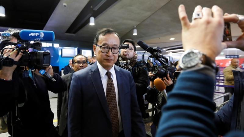 Sam Rainsy has vowed to return to his home country but some nations appear unwilling to allow him to fly [Charles Platiau/Reuters]